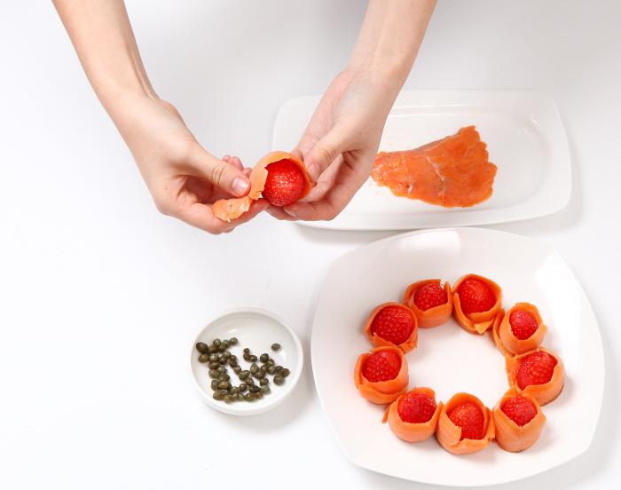 딸기 연어 샐러드
