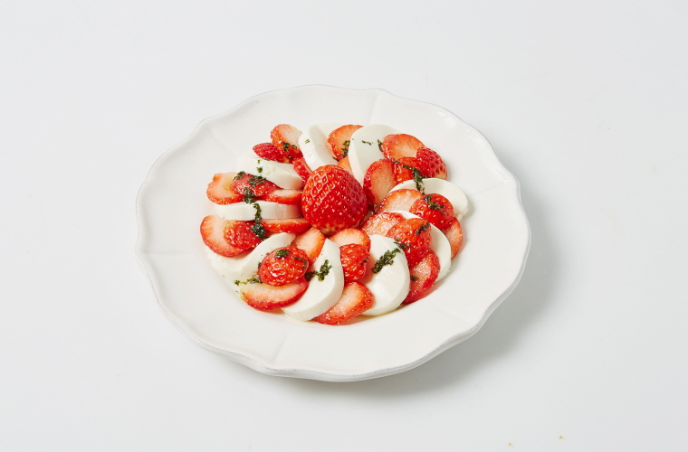 딸기카프레제