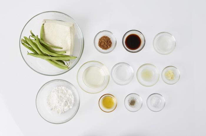 껍질콩두부조림