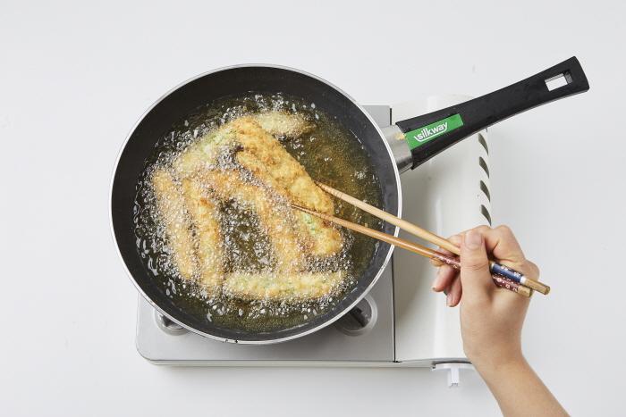 풋고추 새우살 튀김