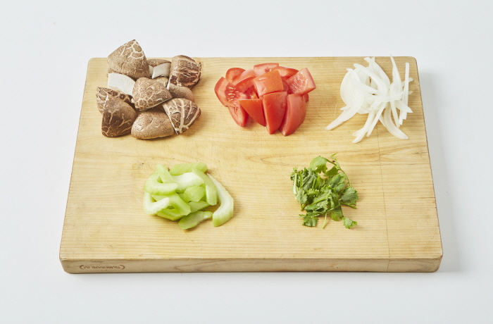 표고버섯 토마토 샐러드