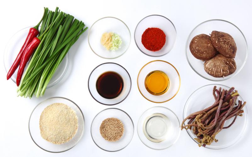 콩가루나물(고사리, 부추, 생표고)