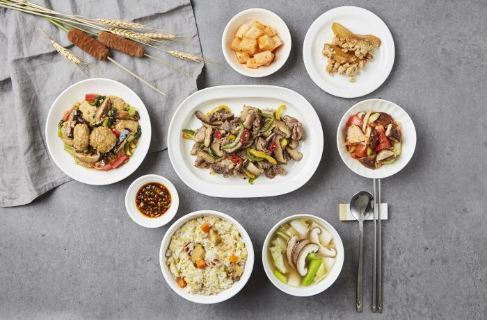 기장, 표고버섯, 배 가정식상차림