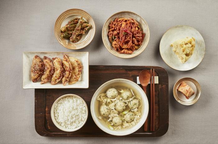 우리 밀, 장아찌, 만두 가정식상차림